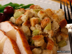 Traditional-Herb-Stuffing-RE